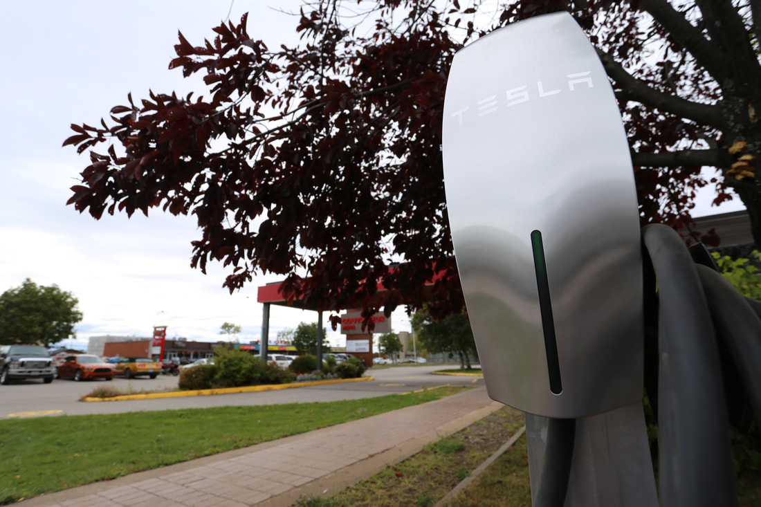 Electric Charging Station  - Hôtels Gouverneur